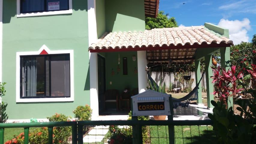 Casa de praia, condominio bonito em frente ao mar - Camaçari - Ev