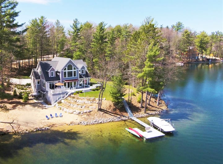 Open July 3-10 ! Exceptional waterfront retreat
