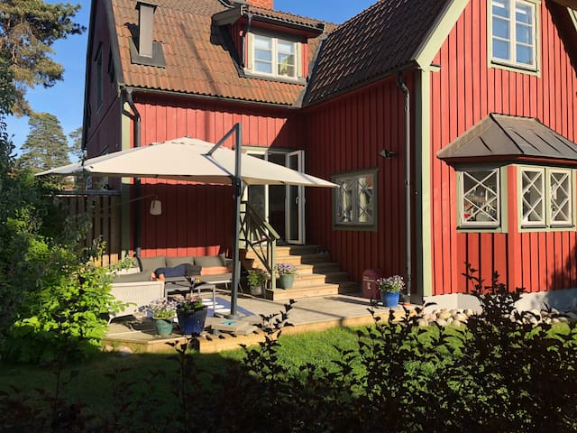 House from 1927 close to Sthlm city