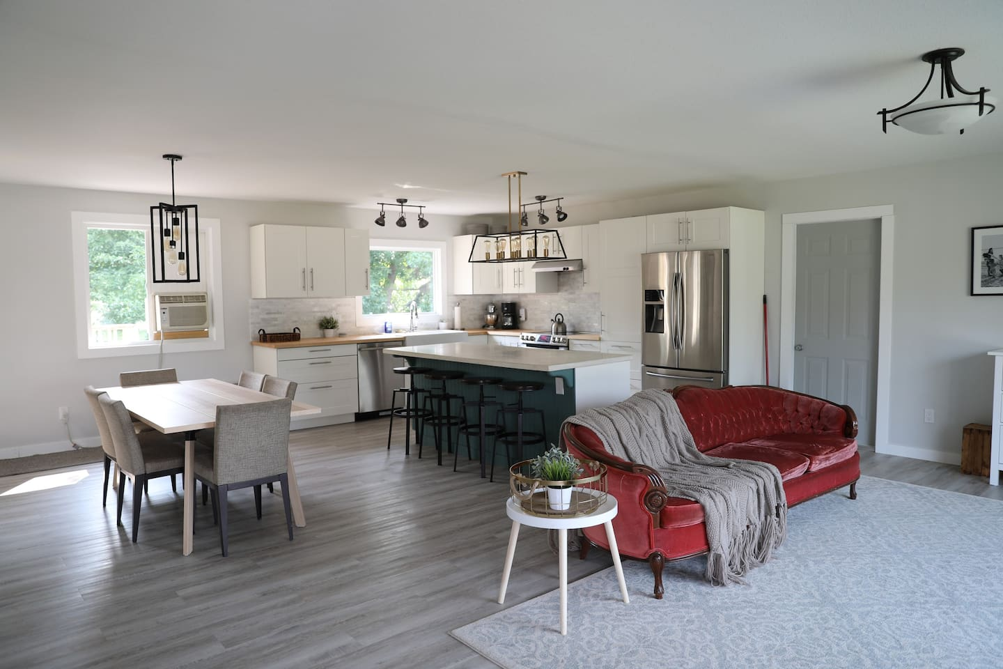 Cardston Home great for families