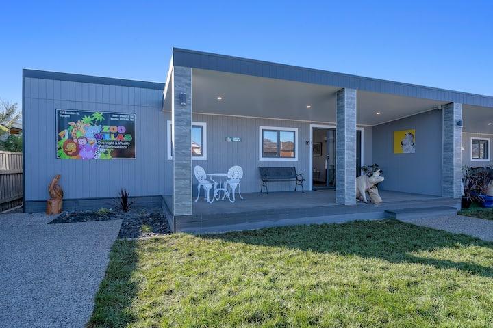 Villa Zebra - Wynyard / Burnie- Zoo Villas