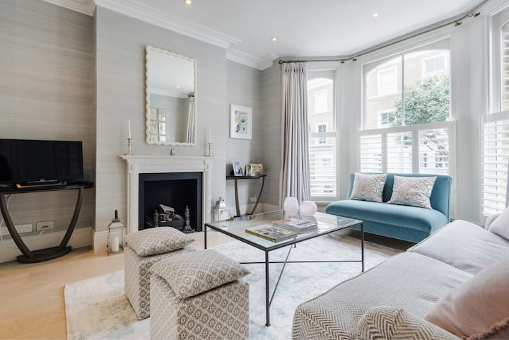 Elegant Family Home near Wandsworth Common