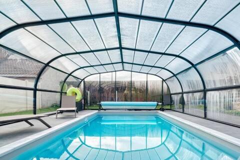 piscine couverte  chauffée par pompe a chaleur 28°