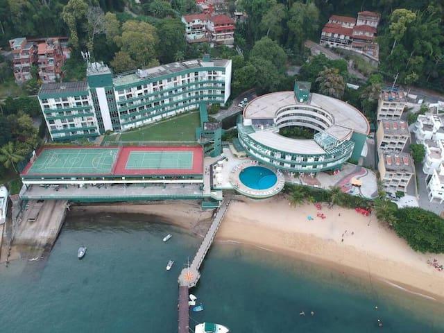 Apartamento à Beira Mar em Angra dos Reis