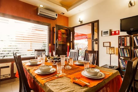 Furnished 3 bedrooms in New Delhi - 新德里 - 住宿加早餐