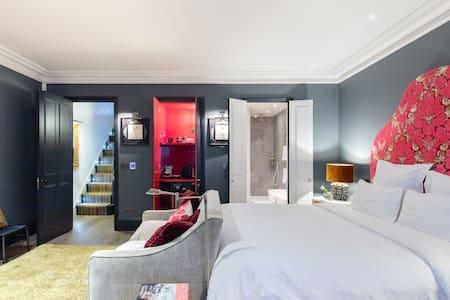 Luxury Suite in Victorian House in Queen's Park NW6