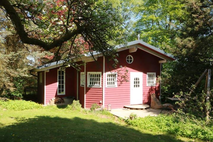 Styga - Schwedisches Ferienhaus im Apfelwald