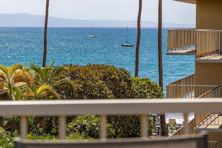 401 Nani Kai Hale**Beachfront**Newly Remodeled!