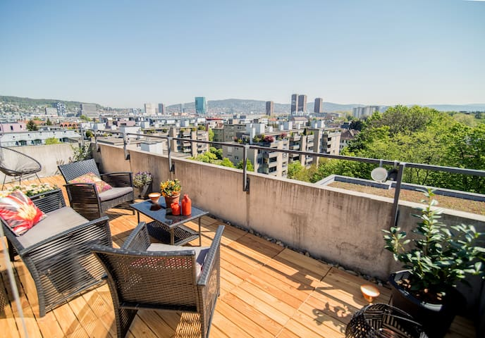 Rooftop flat in Zürich with a beautiful city-view - Zürich - Appartement