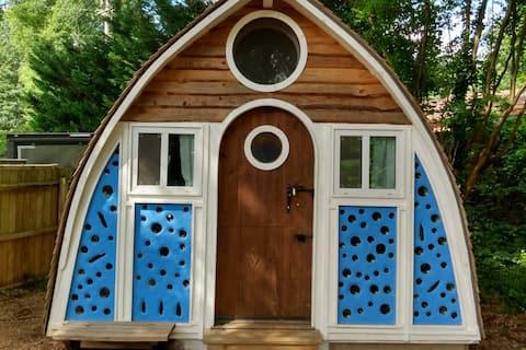 Tiny House- the Boathouse!