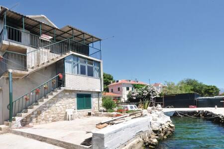 2 Bedrooms Apts in  #1 - Kastel Gomilica