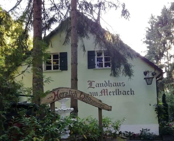 Landhaus am Merlbach: Ferienwohnung Eifel