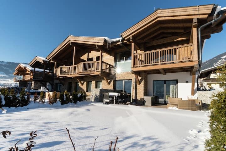 Apartamento moderno con sauna cerca de la estación de esquí en Piesendorf