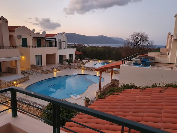 Villa Viva, 2 bedrooms and pool