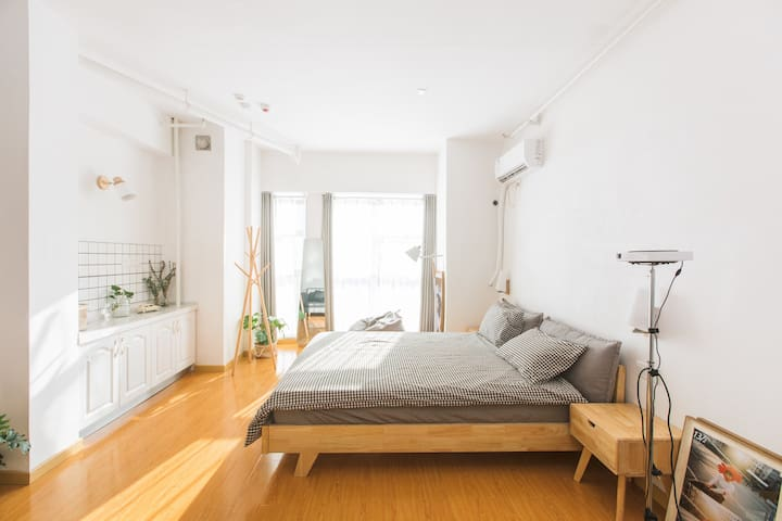 一号线地铁涂家冲3号口第六都 简约 清新 公寓套间 #光禾民宿#