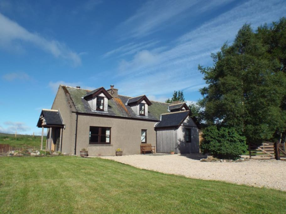 Newfield Cottage - recently renovated and an excellent base for exploring the Cairngorms National Park and wider north east of Scotland