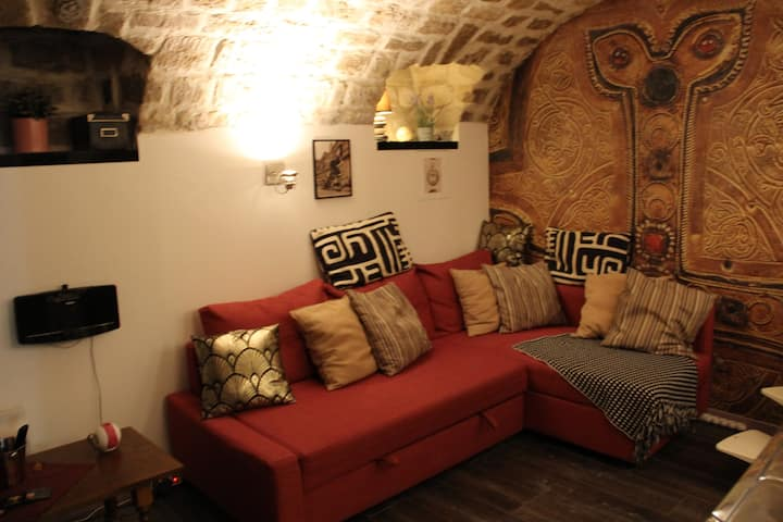 Cozy & unique apartment in a designer house
