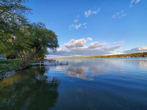 Wisconsin Como Gölü'nde güzel ev