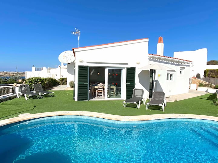 Stunning with amazing sea views in Binibeca