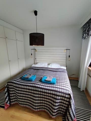 Bedroom 160cm bed for 2 person