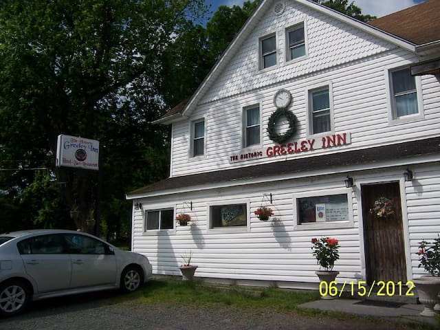 The Historic Greeley Bed & Breakfast Inn - Greeley