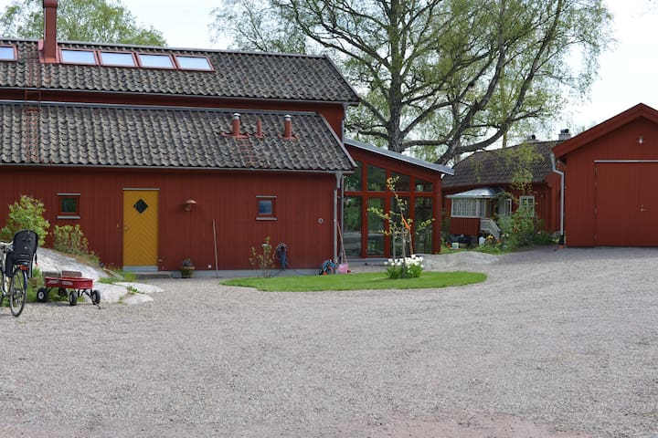 Peaceful modern living in harmony with nature - Nyköping - Holiday home