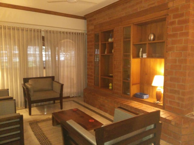 Comfortable homely 2 BR flat in central Bangalore.