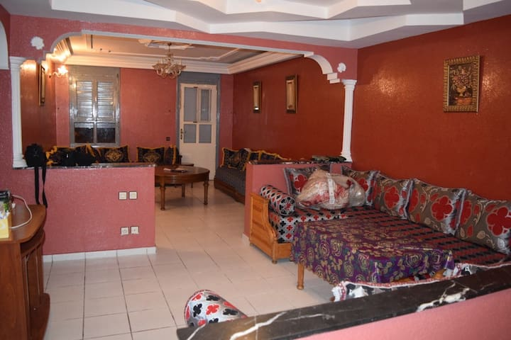 A 3 Bedrooms Apartment, 113 m2, Central Location