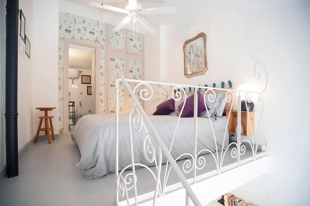 camera letto matrimoniale francese