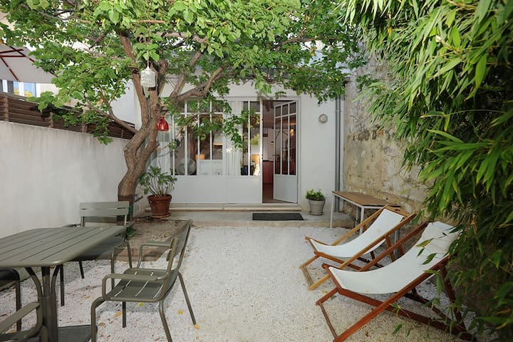 Peaceful garden cottage - มาร์เซย์ - บ้าน