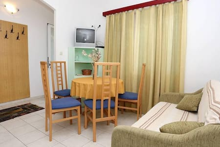One bedroom apartment near beach Viganj, Pelješac (A-10116-e) - Viganj