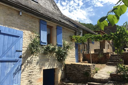 Se alquila casa en plena naturaleza - Chasteaux