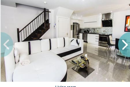 Luxurious 2 floors condo of 1200sqf - Laval