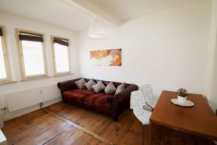 2 Bedroom with roof Terrace - Fürth - Byt
