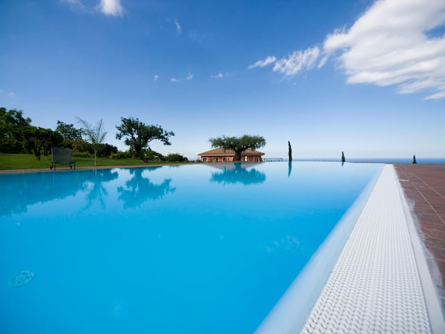 Villa EtnAmare divided into 4 units - Gelsomino
