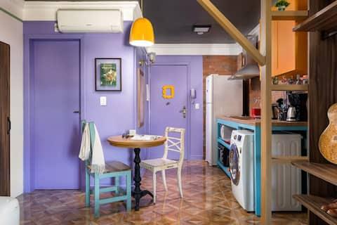 Studio F.R.I.E.N.D.S I Monica Geller's Apartment