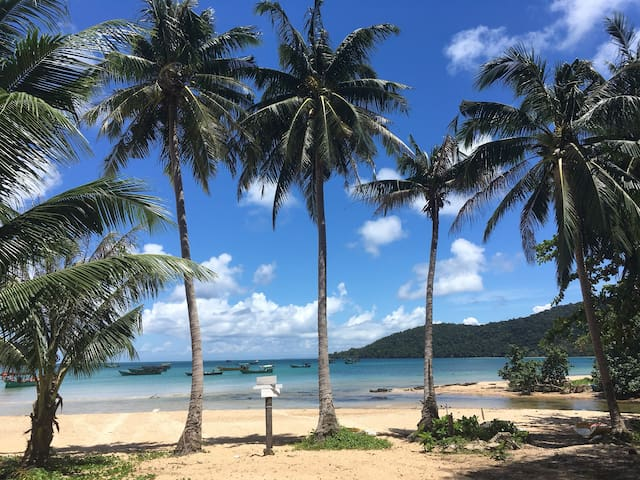 Private Double Room -  M'Pai Bay