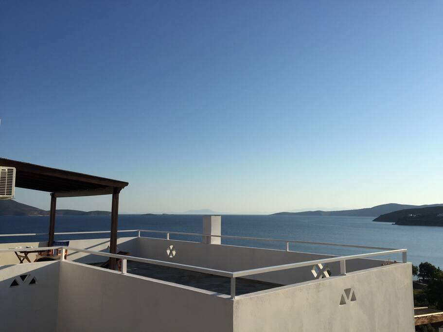 Kalamitsa's balcony