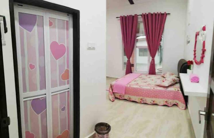 Hello Kitty House (Homestay Mok Terengganu)