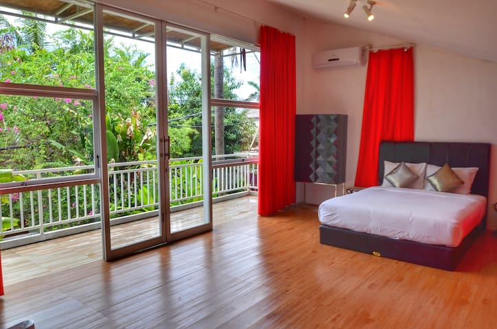 villa Cherry Loft with private pool Seminyak beach
