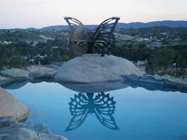 Casita del Sol-Hidden Hideaway! - Villa de Juárez - Bungalow