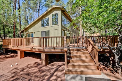 Simply Wonderful...Remodeled Pine Cabin