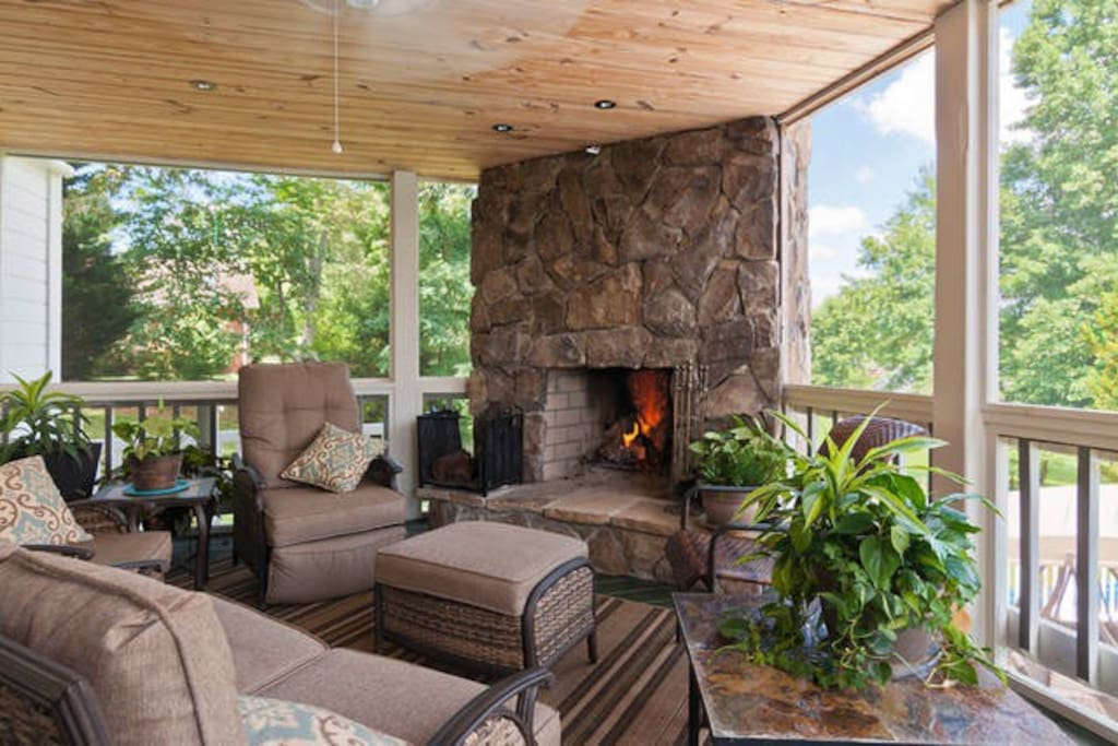 Screened-in porch w/ fireplace