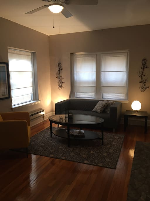 Nicely Appointed 2 Bedroom Apartment In Clayton Apartments For Rent In St Louis Missouri