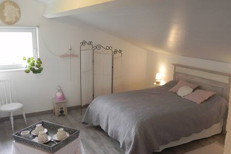 chambre d'hôte l'Amazone, style shabby - Caumont - Rumah Tamu