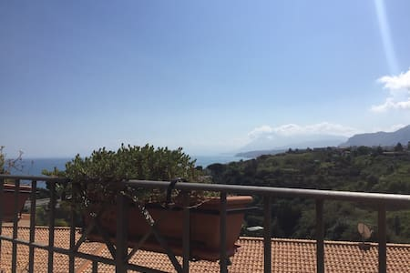 beautiful house with fantastic view - Casteldaccia