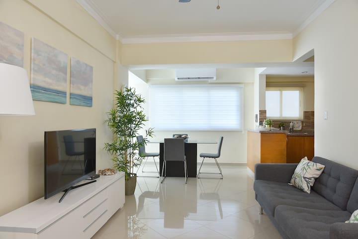 Great Sea View Apartment