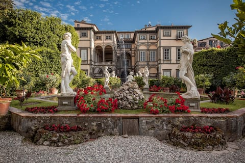 Amazing apartment in Palazzo Pfanner