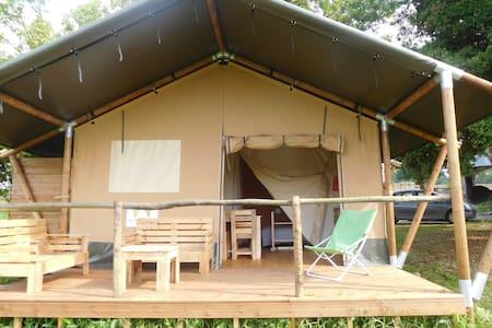 Tente Safari proche d'Eymet - Soumensac
