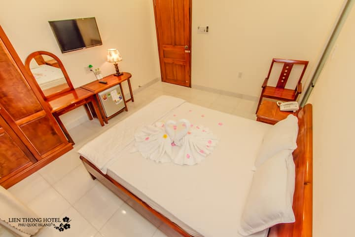 LIENTHONG HOTEL (SUPERIOR 2PAX / ROOM 1BED)